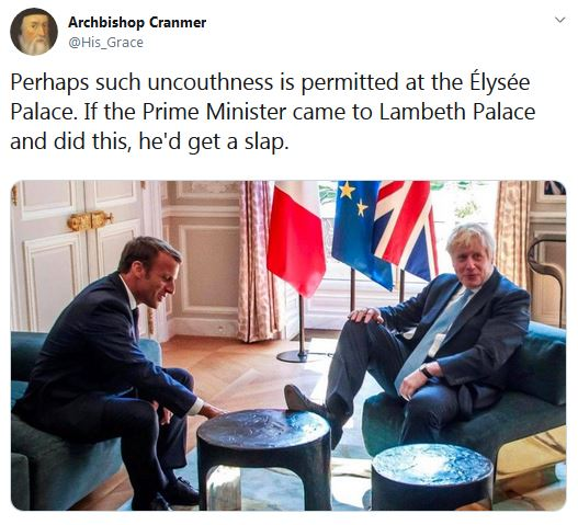 Boris feet table macron elysee palace