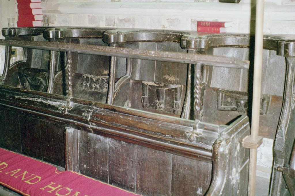 St Peter and St Paul Weston-in-Gordano pews